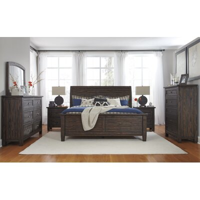 Sheraden Poster Queen Panel Configurable Bedroom Set