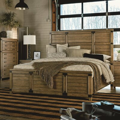 Brigadoon Panel Bed Size: California King