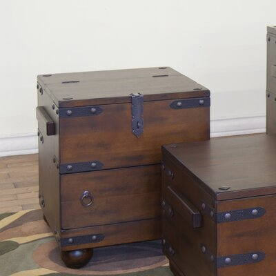 Vista Trunk End Table