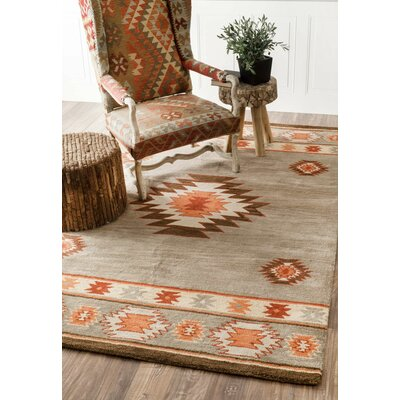 Claghorn Hand-Tufted Gray Area Rug Rug Size: Rectangle 86 x 116