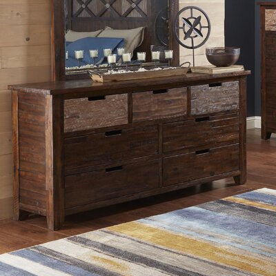 Heritage Hill 7 Drawer Double Dresser