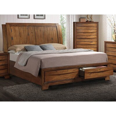 Russet Platform 5 Piece Bedroom Set Size: King