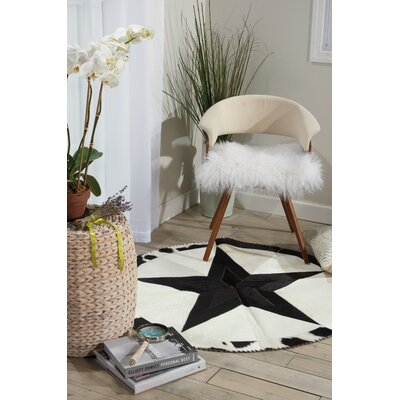 Arcata Black/White Area Rug