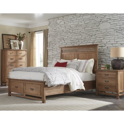 Huber Storage Platform Bed Size: Queen