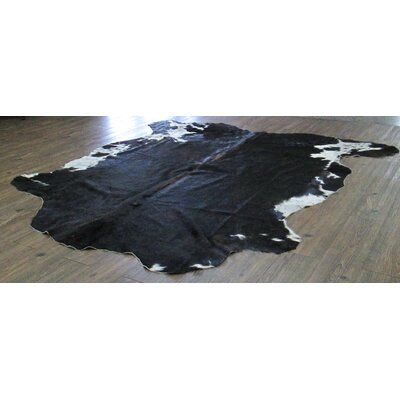 Vedette Hand-Woven Cowhide Solid Black/Off-white Area Rug