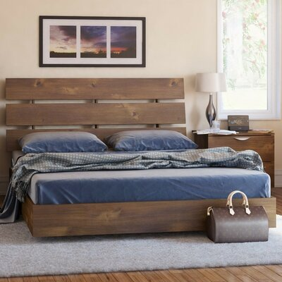 Hillsborough Platform Customizable Bedroom Set