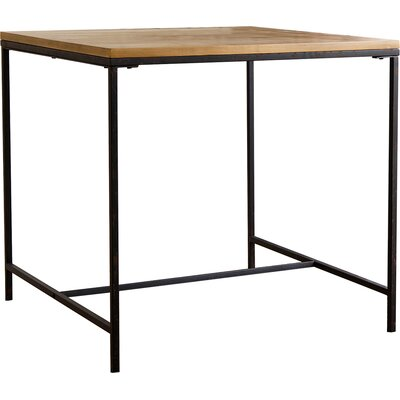 Capriola Dining Table