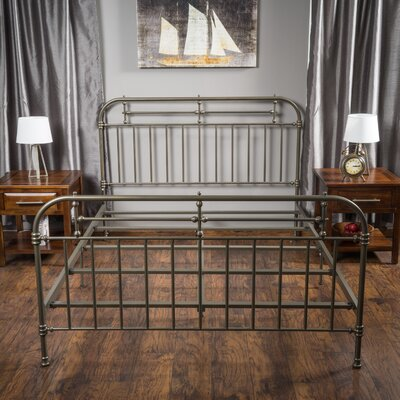 Willow Queen Panel Bed Finish: Champagne