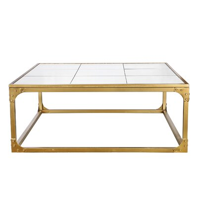 Mari�rio Coffee Table