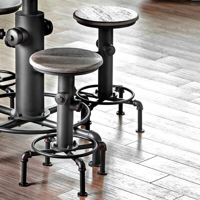 Poncha 24 Swivel Bar Stool