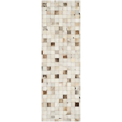 Sequoyah Leather Beige/Multi Area Rug Rug Size: Runner 2'3