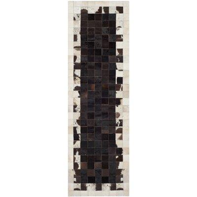 Morris Ivory / Dark Brown Geometric Rug Rug Size: Runner 23 x 7