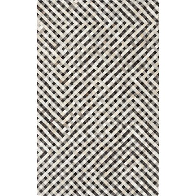 Cassidy Hand-Crafted Beige Area Rug Rug size: Rectangle 5 x 8