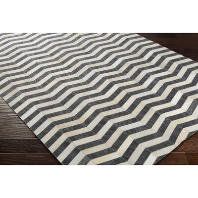 Armando Hand-Crafted Chevron Neutral/Gray Area Rug Rug Size: 8 x 10
