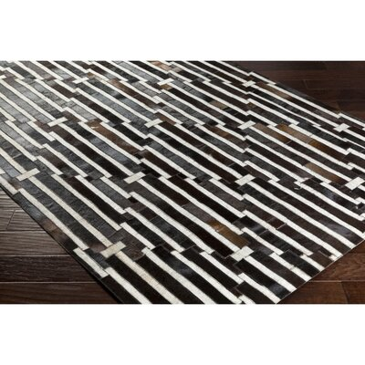 Armando Hand-Crafted Geometric Black/Brown Area Rug Rug Size: Rectangle 5 x 76