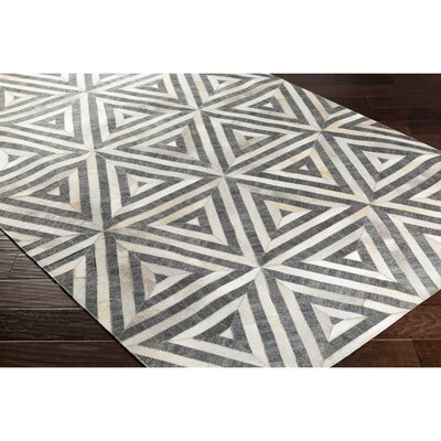 Armando Hand-Crafted Gray/Neutral Area Rug Rug Size: Rectangle 8 x 10