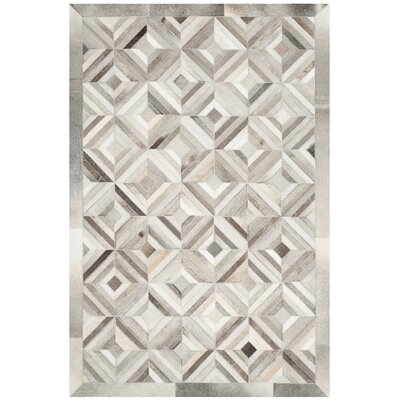 Cartwright Hand-Woven Gray Area Rug Rug Size: 3 x 5