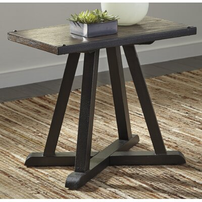 Bynum Chairside Table