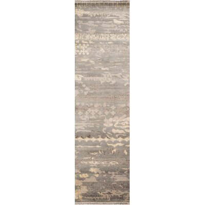 Moises Hand-Knotted�Gray Area Rug Rug Size: Rectangle 5 x 8