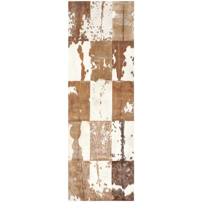 Stasia Hand-Woven Ivory/Tan Area Rug Rug Size: Runner 23 x 7