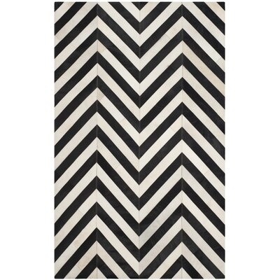 Drage Hand-Woven White / Black Area Rug Rug Size: 5 x 8