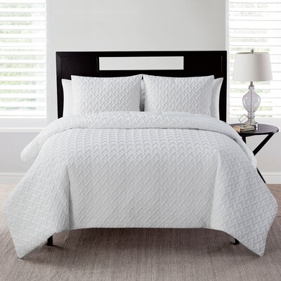 Oliver Comforter Set Color: White, Size: Full/ Queen
