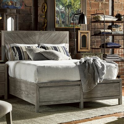 Somona Storage Platform Bed Size: California King