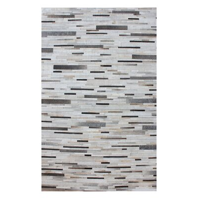 Derrick Hand Woven Pearl/Gray Area Rug Rug Size: Rectangle 3 x 5
