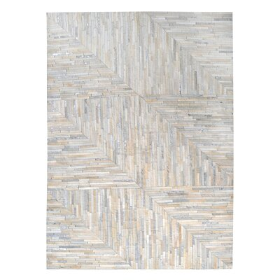 Garrison Leather Patchwork Hand Stitched Pearl/Gray Area Rug Rug Size: 5 x 8