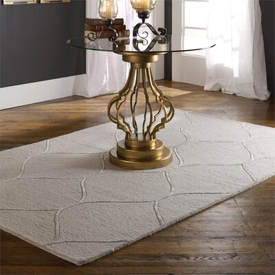 Hand-Tufted Light Beige Area Rug Rug Size: 8 x 10