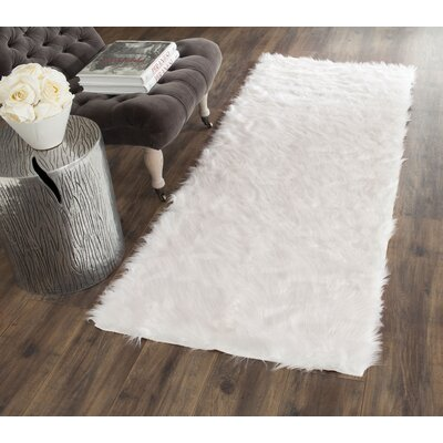 Bilton Hand-Tufted Ivory Area Rug Rug Size: Rectangle 6 x 9