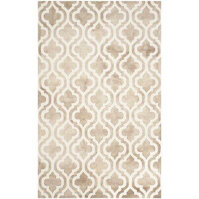 Hand-Tufted Beige/Ivory Area Rug Rug Size: 4 x 6