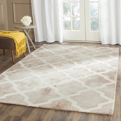 Drury Hand-Tufted Beige/Ivory Area Rug Rug Size: Rectangle 5 x 8