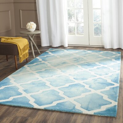 Hand-Tufted Turquoise/Ivory Area Rug Rug Size: Rectangle 4 x 6