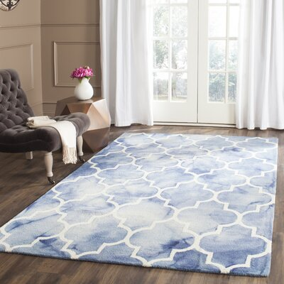 Hand-Tufted Blue/Ivory Area Rug Rug Size: Rectangle 26 x 4