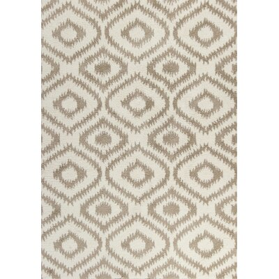 Annia Ivory/Beige Area Rug Rug Size: 53 x 77