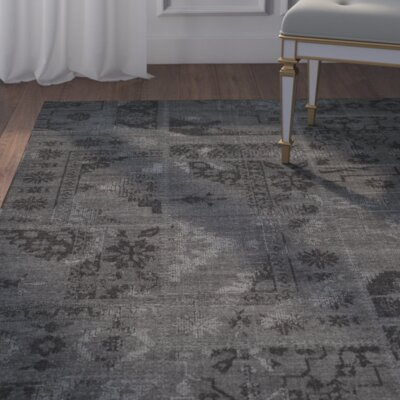 Chipping Ongar Black/Grey Area Rug Rug Size: 5 x 8