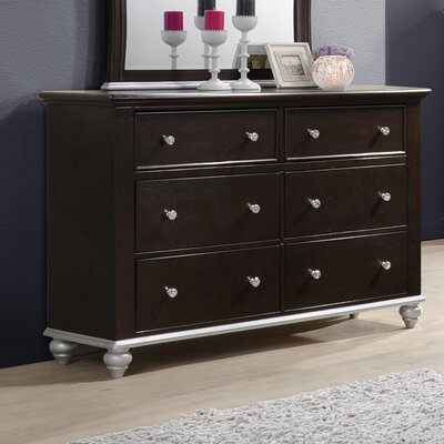 Johnny 6 Drawer Dresser