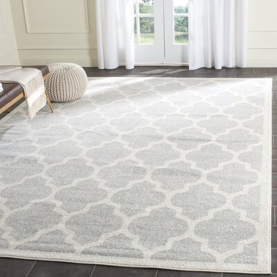 Maritza Gray/Beige Area Rug Rug Size: Rectangle 4 x 6