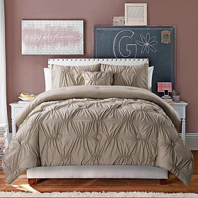 McCormack 4 Piece Comforter Set Size: King, Color: White