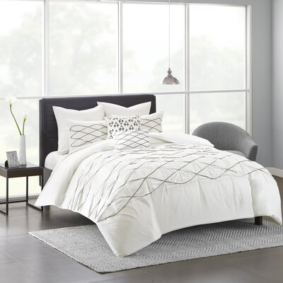 Freidman Cotton 7 Piece Duvet Cover Set Size: Full/Queen, Color: White