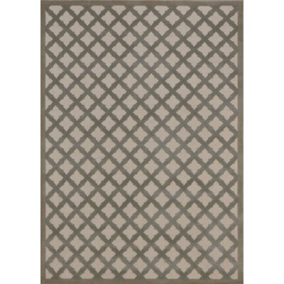 Hartz Ivory/Green Area Rug Rug Size: 79 x 1010