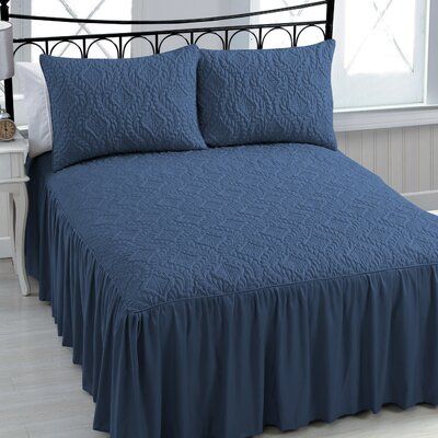 Mackinaw 3 Piece Comforter Set Size: King, Color: Navy