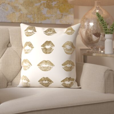 Wallis Home Kisses Throw Pillow