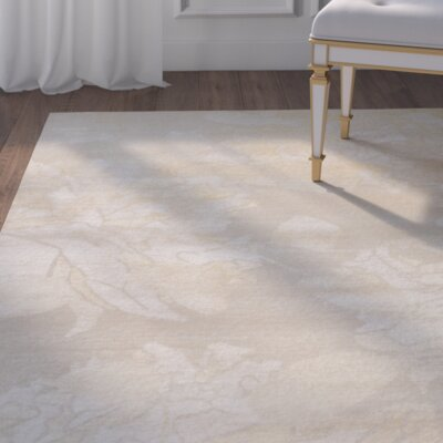 Aria Hand-Knotted Creme/Yellow Area Rug