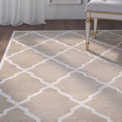 Maritza Trellis Wheat/Beige Indoor/Outdoor Area Rug Rug Size: Round 5