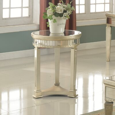 Felicia� Round Wood End Table
