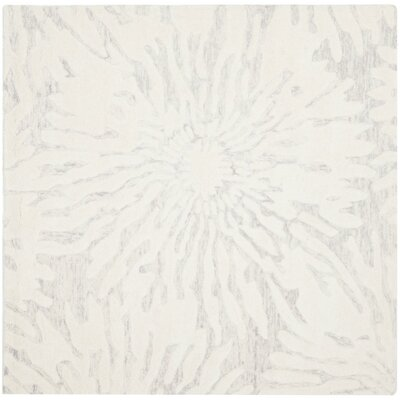 Mcguire Hand-Tufted Silver/Ivory Area Rug Rug Size: Square 5