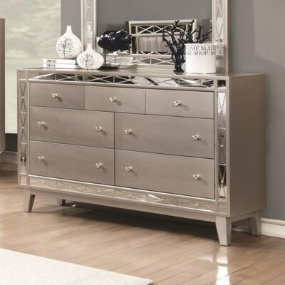 Jaqueline 7 Drawer Dresser