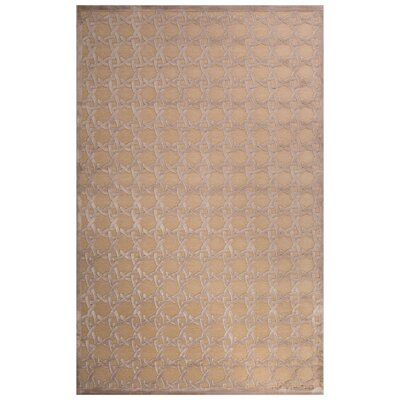 Cassidy Ivory/Beige Area Rug Rug Size: 7'6